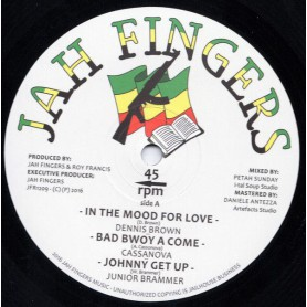 "(12"") DENNIS BROWN - IN THE MOOD FOR LOVE / BUNK I FEAT JNUNIOR BRAMMER - NO TIME TO WASTE"