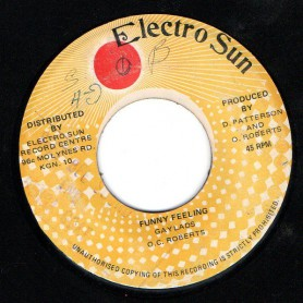 "(7"") THE GAYLADS - FUNNY FEELING / THE REVOLUTIONARIES - FUNNY DUB"