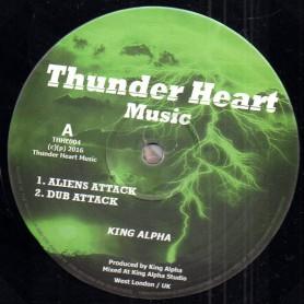 """(10"""") KING ALPHA - ALIENS ATTACK / DUB ATTACK / GALAXLY DUB / NAT & DREAD DUB"""